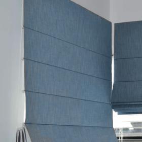Римская штора классика голубой